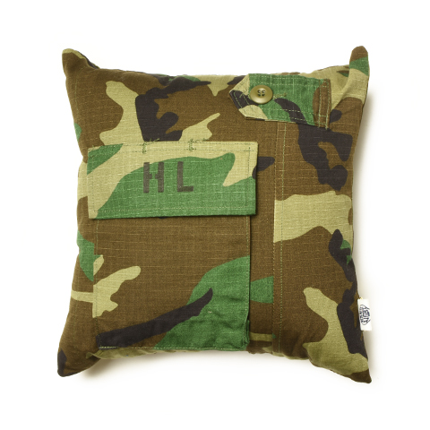 Hand Light Camouflage Cushion Small No.2